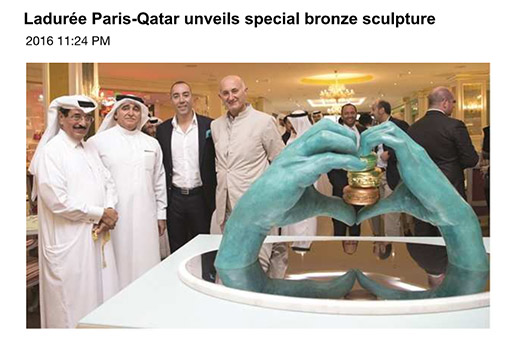 Gulf Times - Ladureé Paris Qatar unveils special bronze sculpture - Lorenzo Quinn - Press - April 2016