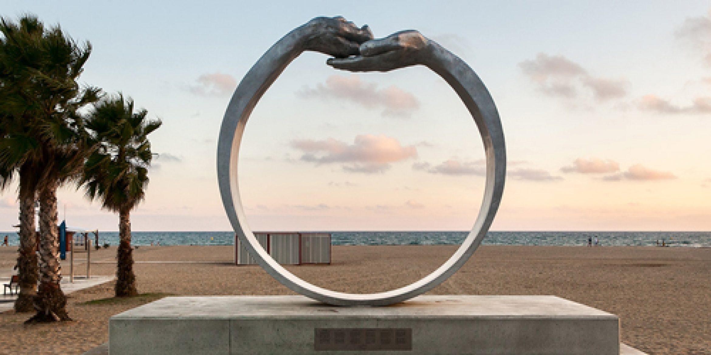 Monumental - Fairs and Exhibitions - Lorenzo-Quinn