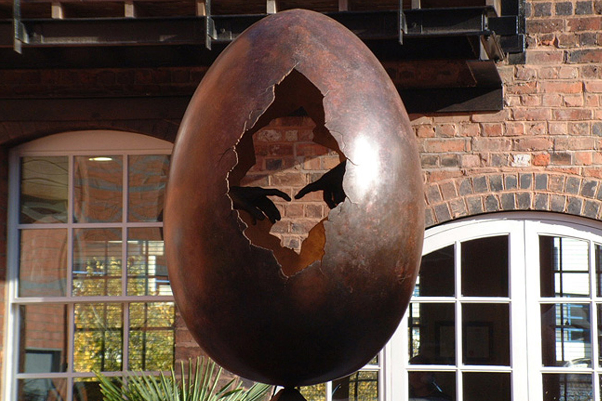 Creation, Bronze, Birmingham -Installations - Lorenzo Quinn