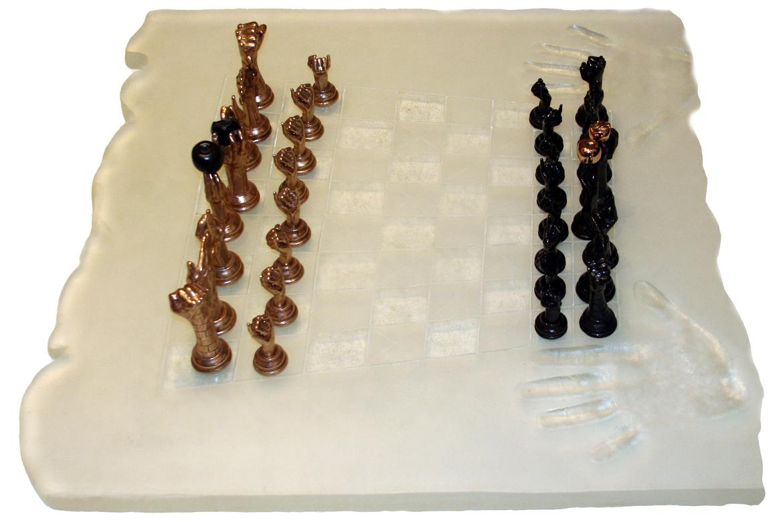 Lorenzo Quinn - Sculpture Chess Set - glass, bronze