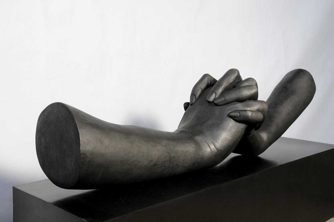 Sculpture During Love - bronze