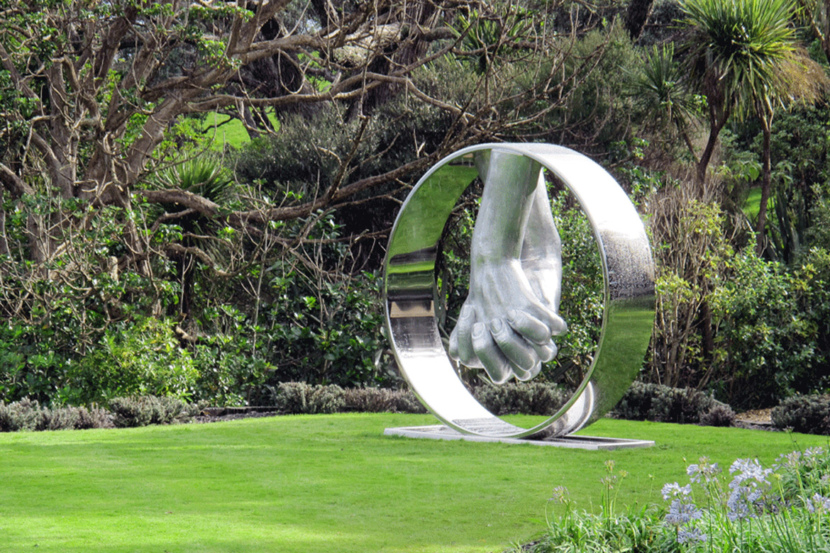 Love Aluminium, New Zeland - Installations and Commissions - Lorenzo Quinn