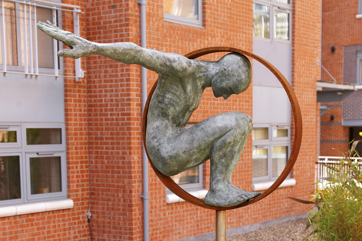 Volare, Bronze - Birmingham, England - Installations and Commissions - Lorenzo Quinn