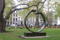 Give and Take III, Bronze - London, England - Installations and Commissions - Lorenzo Quinn