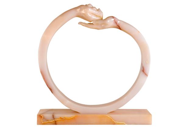 Dar y Tomar III, Ónix Rosa - Esculturas - Lorenzo Quinn