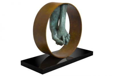 Love, Patinated Bronze - Sculptures - Lorenzo Quinn