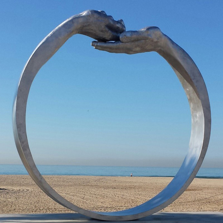 Give and Take III - Public installation, Castelldefels, Barcelona - Installations and Commissions - Lorenzo Quinn