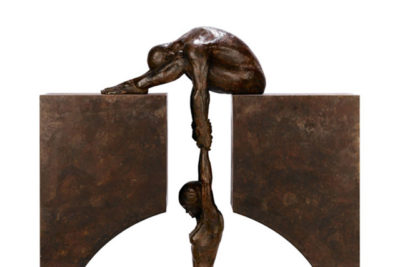 Gravity, Bronze - Sculptures - Lorenzo Quinn