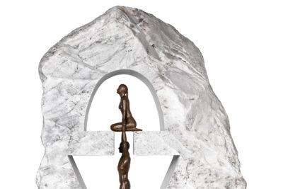 Gravedad Femenina, Bronce y Carrara - Esculturas - Lorenzo Quinn