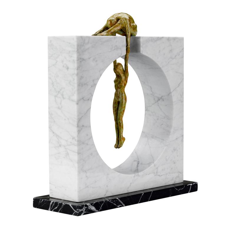 Gravedad, Mármol - Esculturas - Lorenzo Quinn