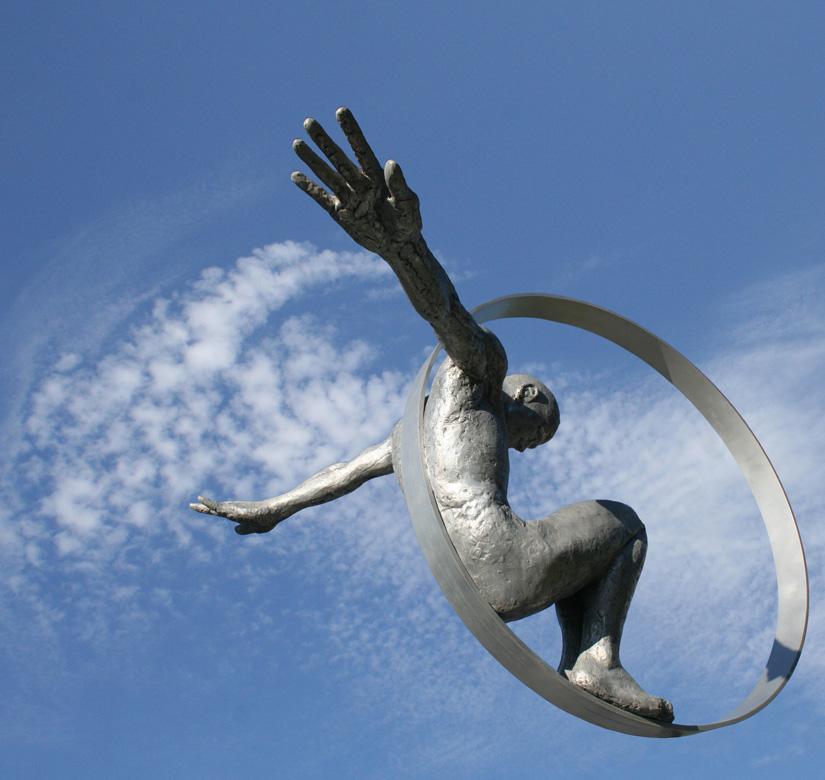 Volare Colgada, Aluminio - Esculturas - Lorenzo Quinn