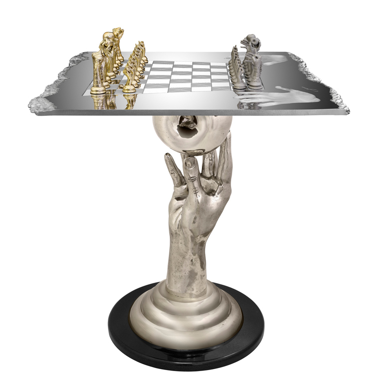 CHESS SET, QUEEN TABLE, 70CM | Lorenzo Quinn