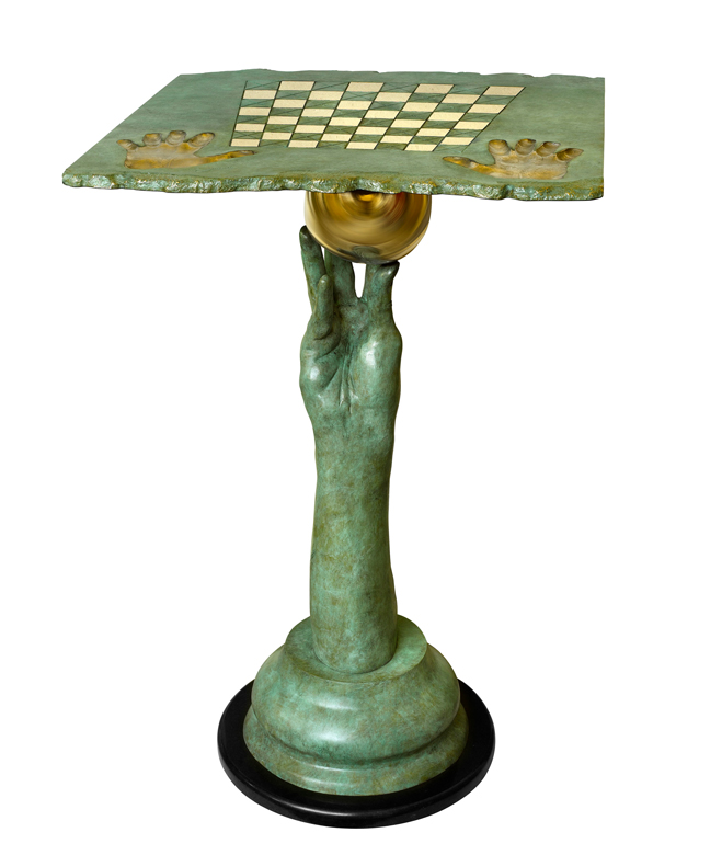 Chess Set - Queen Table, Patinated Bronze - Sculptures - Lorenzo Quinn