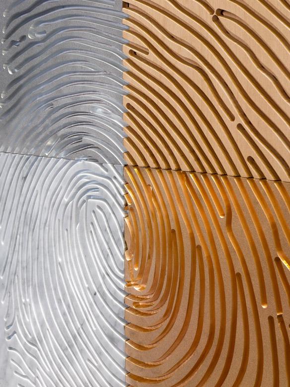 Macro Selfportrait, Aluminium and Wood - Sculptures - Lorenzo Quinn