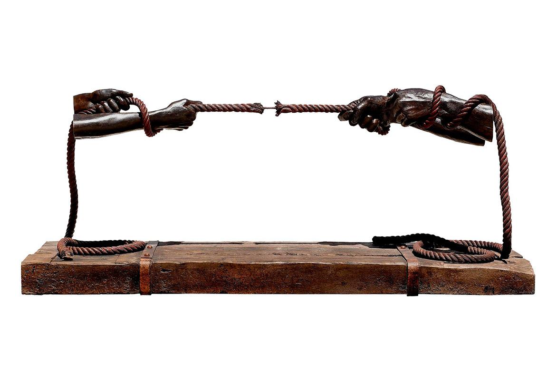 Tensión, Bronce - Esculturas - Lorenzo Quinn