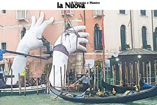 La Nuova di Venezia e Mestre - Venice Biennale - Lorenzo Quinn - Press - May 2017