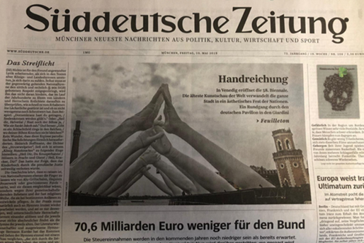 Suddeutsche Zeitung - Building Bridges - Lorenzo Quinn - Press - May 2019