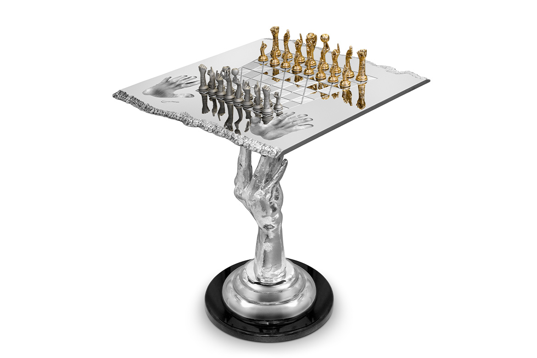 Mesa Ajedrez Reina, Aluminio, 70cm- Esculturas - Lorenzo Quinn