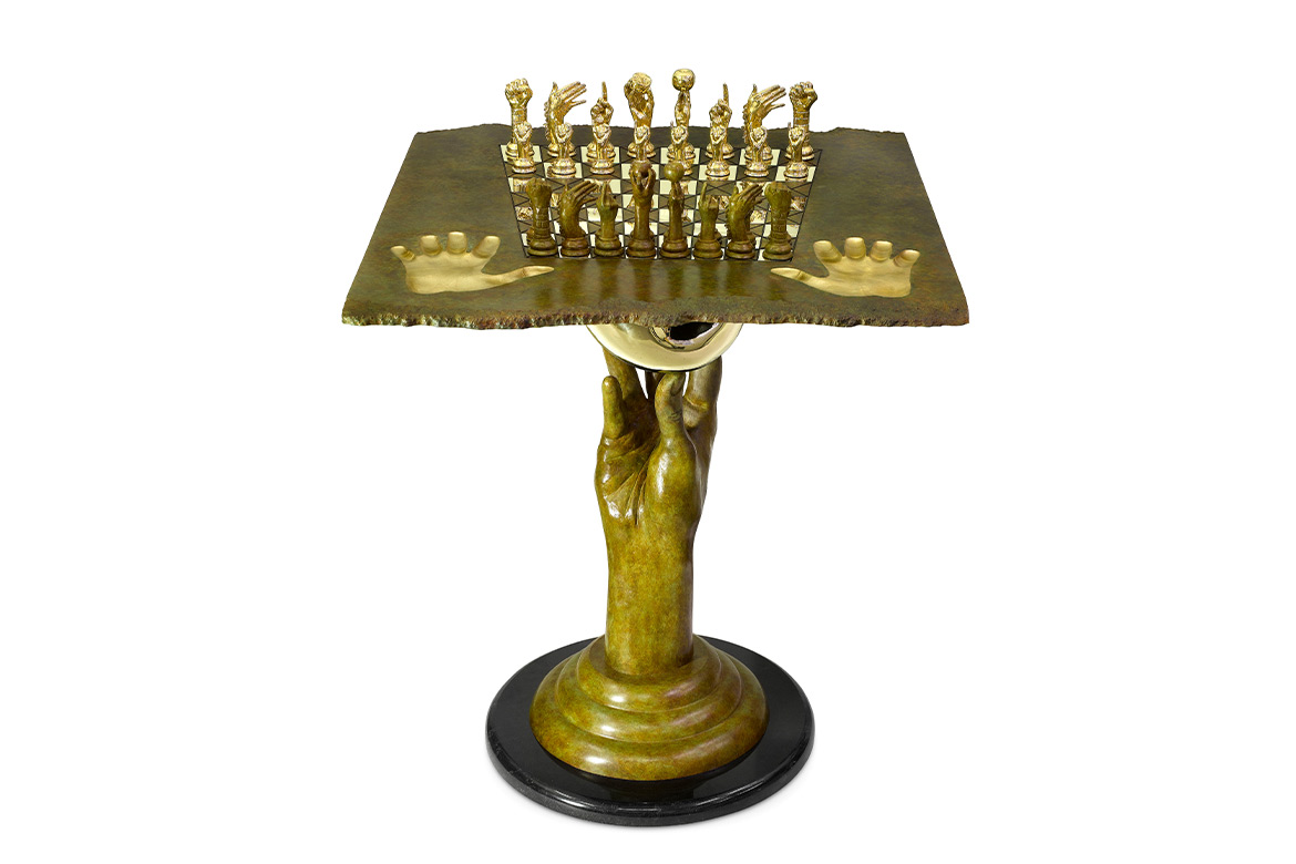 Chess Set - Queen Table, 70cm, Patinated Bronze - Sculptures - Lorenzo Quinn